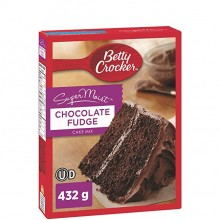 BETTY CRKR CAKE CHOCOLATE FUDGE 432g