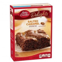 BETTY CRKR BROWNIE SALTED CARAMEL 521g